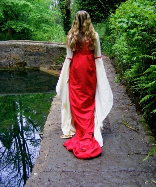 Elven Wedding Dress: 17 Best Images About Elven Wedding Dresses On Pinterest
