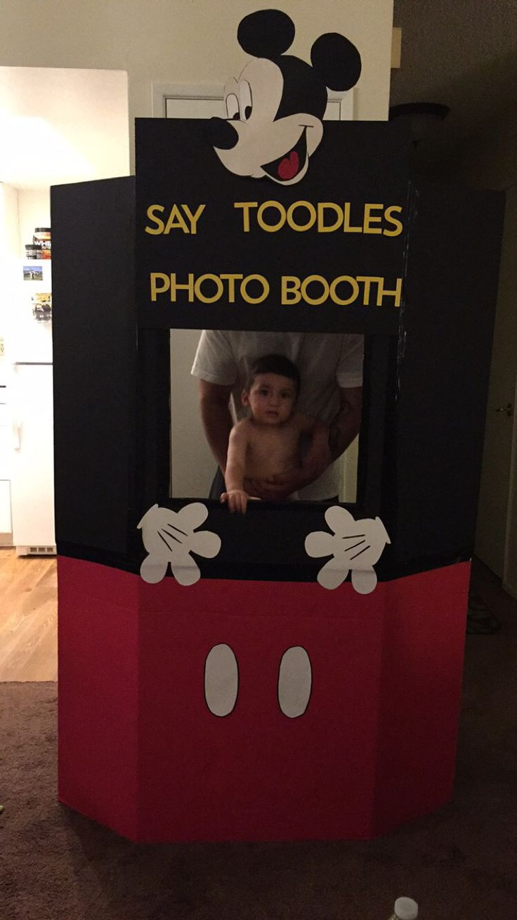 Mickey Mouse Photo Booth. DIY photo booth. Mickey Mouse. Say Toodles. Birthday…