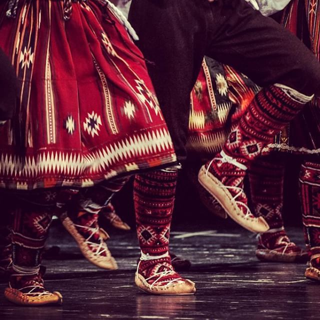 foreign folk dance Folk dancing in new hampshire these listings show the regularly scheduled social dance series of recreational folk dance groups in new hampshire check each group's link or contact for updates, special events, and cancelations.