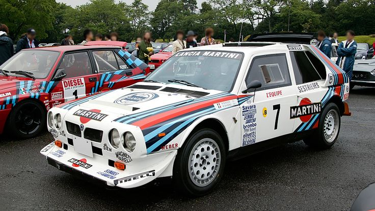 One of the most wanted of the msot wanted. The amazing Lancia Delta S4. I saw one on ebay not too long ago, but the wife said no :-(
