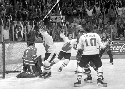 Canada celebrates 1976 Canada Cup photo Canadacelebrates1976CanadaCup.jpg