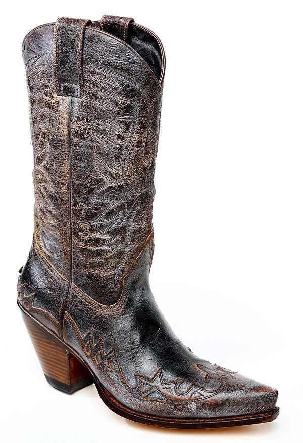 Loving this 'Life is Better in Cowboy Boots'  Sendra 3241 Western Boots Vintage Gorca #sanchostore #cowgirlboots #westernboots #cowboyfashion #countrystyle #handmadeinspain #sendraboots http://www.sancho-store.ch/de/sendra-3241-damen-western-stiefel-saguaro.html