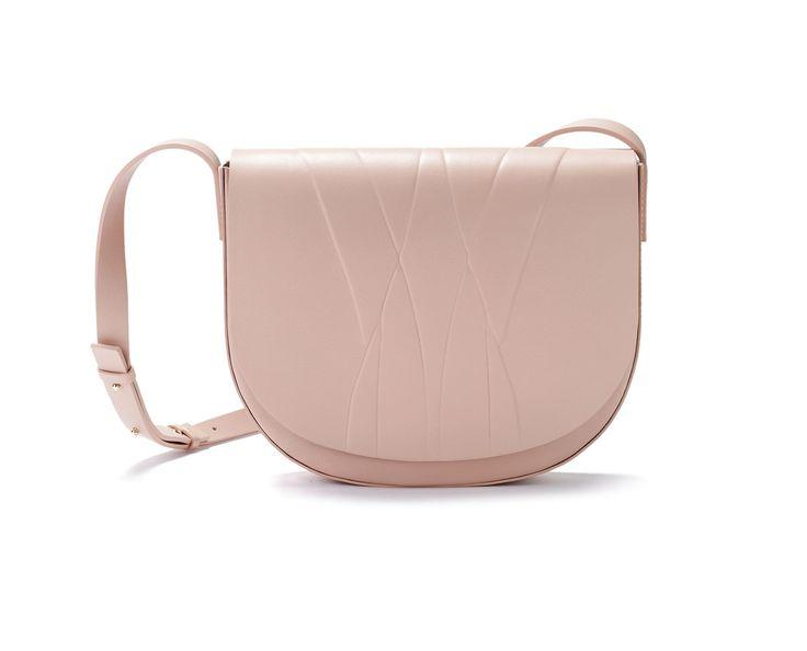 ALESYA ORLÓVA leather saddle bag in nude // Minimal Bag - chic minimalist accessories //