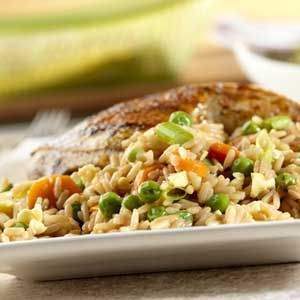 Our delectable version of fried rice replaces the oil found in other recipes with flavorful chicken broth and just a touch of cooking spray, resulting in a restaurant-style dish right in your own kitchen.