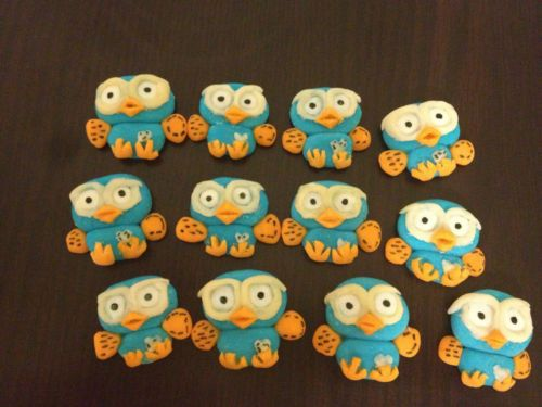 12-mini-2D-Hoot-the-Owl-cupcake-toppers-Giggle-fondant-edible-cake-decorations