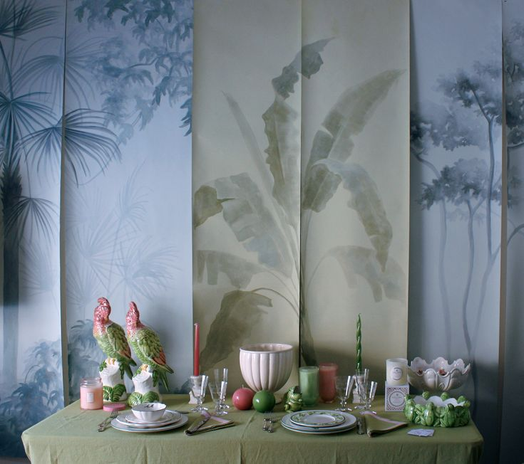 Handmade wallpaper by PictaWallpaper. Shadows collection.