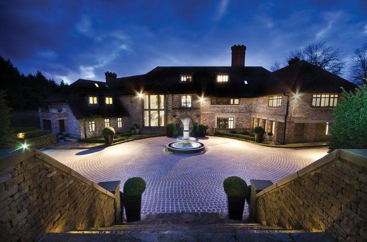 Grovelands, Totteridge Green, N20 Grovelands Houses for