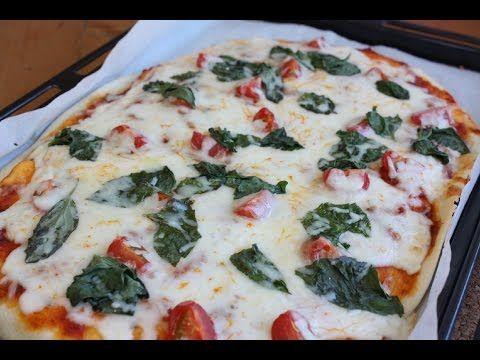 おうちで手作り!焼きたてピザ - YouTube