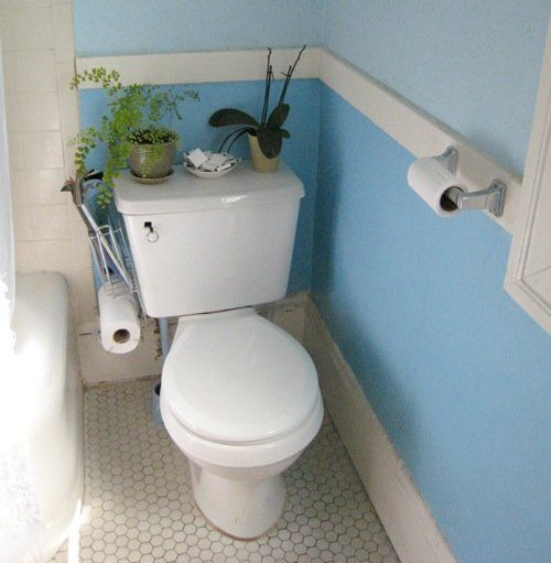 Look decorating the back of the toilet for Toilet deco