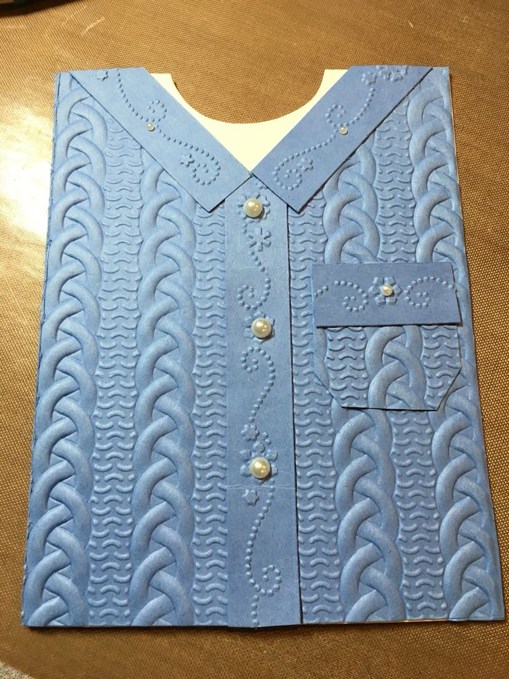 Cable knit embossing folder. Cases from other samples on Pinterest!! Couldn't find my crimper for the collar and edges but found an embossing folder that worked great!!
