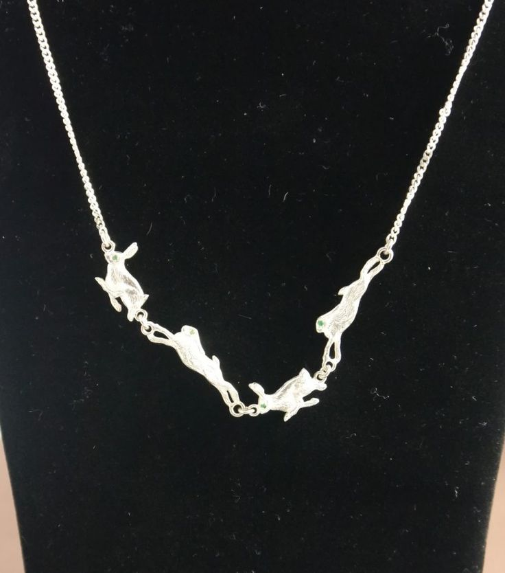https://fineshootingaccessories.com/wp-content/uploads/2016/11/4-Hare-Necklace-1.jpg