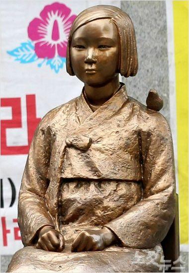 """""""소녀상 철거 말도 안돼…진정성 없는 日 협상카드""""(종합)"""