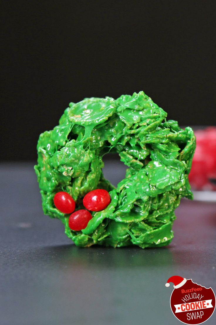 Corn Flake Holly Wreaths   BuzzFeed Holiday Cookie Swap