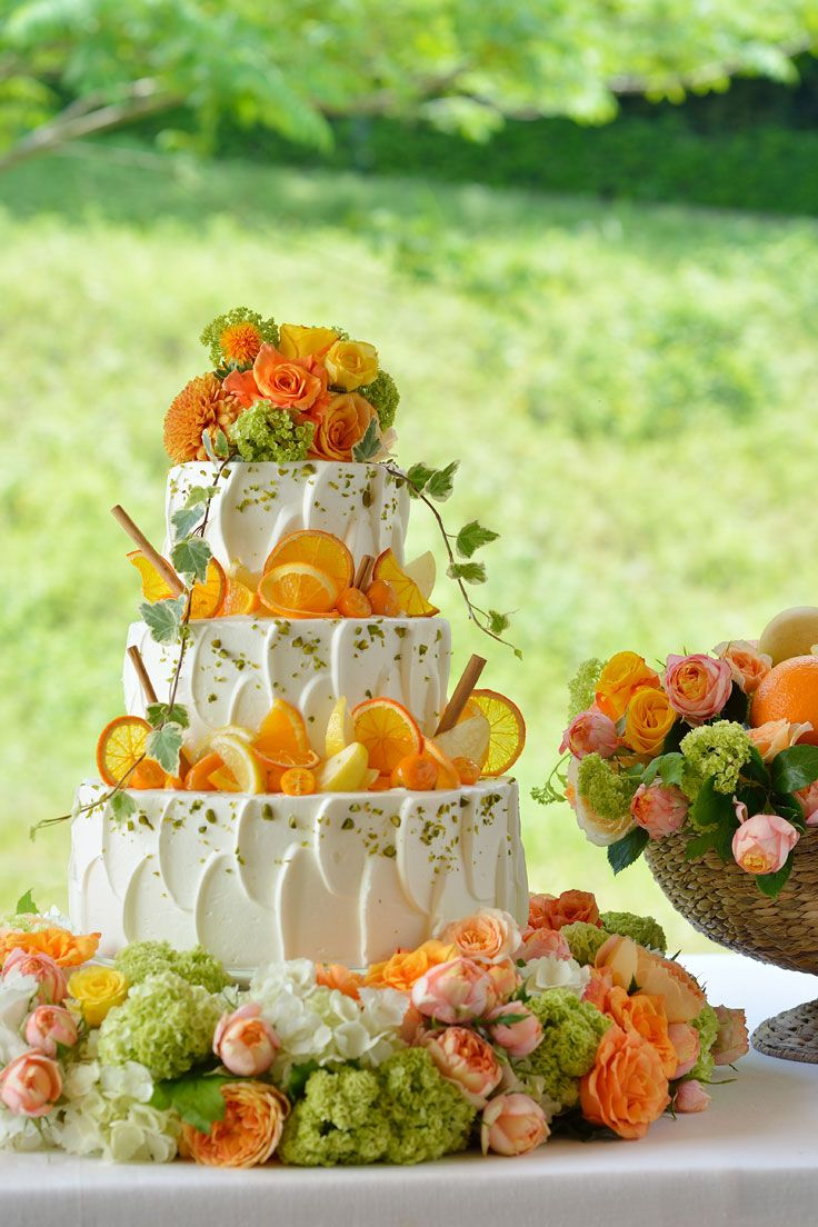 #NOVARESE #weddingcake #flower #orange #lemon #green #pink