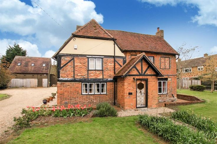 Green End Street, Aston Clinton - 3 bedroom farm house character property - Brown & Merry