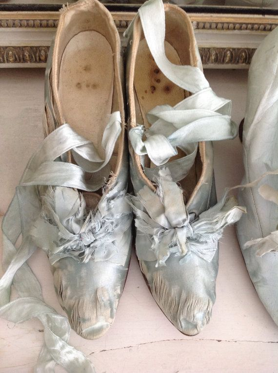 Stunning antique silk French court shoes by WhiteandFaded on Etsy