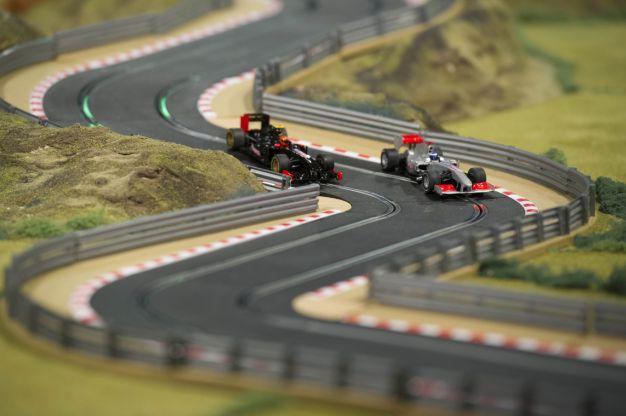 slot car racing circuit formula one 1   Slot Car Tracks & Scenery   Pinterest   Slot car racing ...