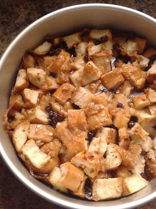 #VEGAN BREAD PUDDING: MAPLE, APPLE AND CHOCOLATE --- Pouding au pain à l'érable, pomme et chocolat