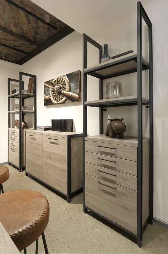 metallregale im industrial style f rs wohn und. Black Bedroom Furniture Sets. Home Design Ideas