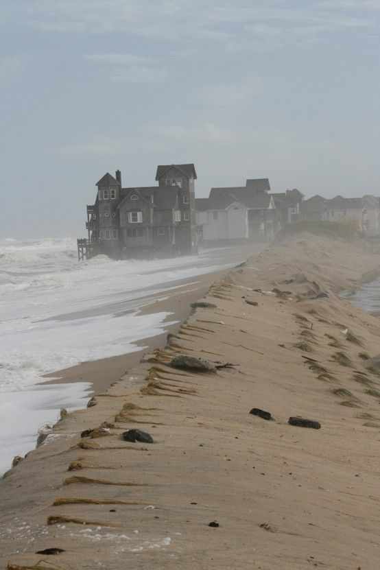 Rodanthe, North Carolina, USA. I would love to go here. Anybody remember the movie? Nights in Rodanthe? Loved it.