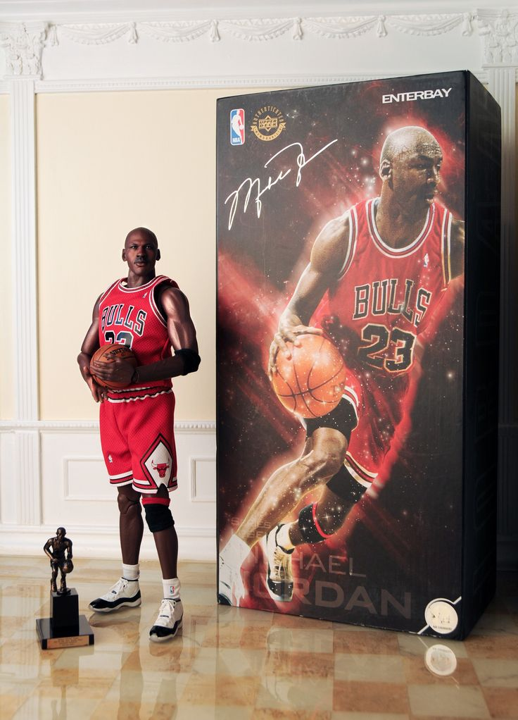 a biography o michael jordan a nba player Discover unexpected relationships between famous figures when you explore our famous basketball players  michael jordan,  nba most valuable player,.