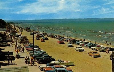 Classic road trip to Wasaga Beach, Ontario