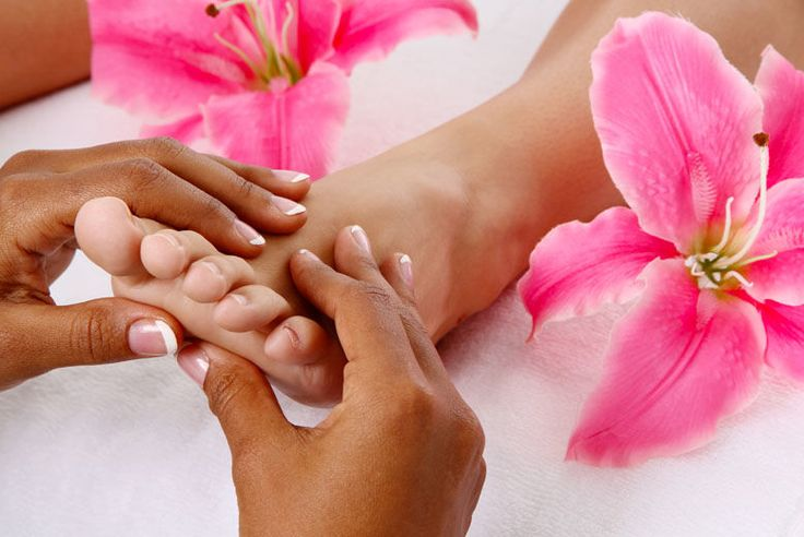 One Hour Chiropody Treatment and Luxury Foot Massage deal in Skincare Blitz foot woes with a session of Chiropody.  The perfect solution for stressed-out feet!  Treatment lasts up to one hour.  Performed by a friendly, qualified chiropodist.   Get your feet back to their best.  With treatment for bunions, callouses, corns and more! BUY NOW for just £19.00 Check more at http://nationaldeal.co.uk/one-hour-chiropody-treatment-and-luxury-foot-massage-deal-in-skincare/