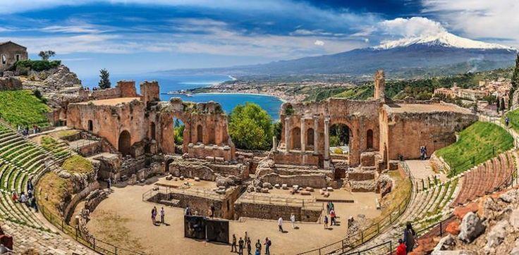 Сицилия – зеленое буйство в Средиземном море, характеризующееся разнообразными пейзажами, а также многонациональный остров и исторический центр различных переворотов. Это самый южный и самый крупный регион Италии, самая удаленная часть Полуострова. Сицилия отделена от материковой части проливом Мессина и омывается Ионическим, Тирренским и Средиземным морем.  Один из райских уголков юга Италии, который так и манит исследовать, познавать и просто следовать по бесчисленным маршрутам…
