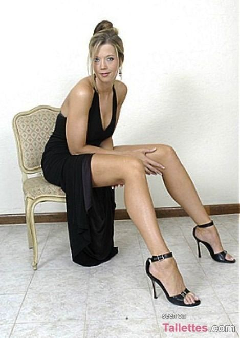 Alexis Skye - Google Search  Super Babes  Tall Women -5871
