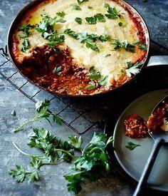 Shepherd's pie recipe | Pete Evans :: Gourmet Traveller One of our favorites but we use lamb instead of beef
