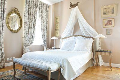 Une des Chambres d'hôtes à vendre entre Caen et Lisieux dans le Calvados