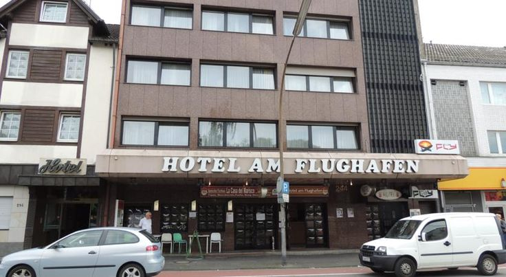 Hotel Am Flughafen Köln This hotel offers comfortable accommodation and excellent Chinese cuisine in the Wahnheide district of Cologne, just 5 kilometres from the Cologne-Bonn Airport and 15 kilometres from the city centre.