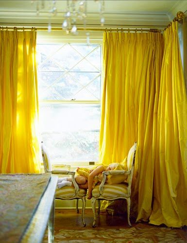 Bright yellow drapes!: Decor, Ideas, Dining Room, Interiors, Colors, Yellow Curtains, Living Room, Yellow Room, Windows Treatments