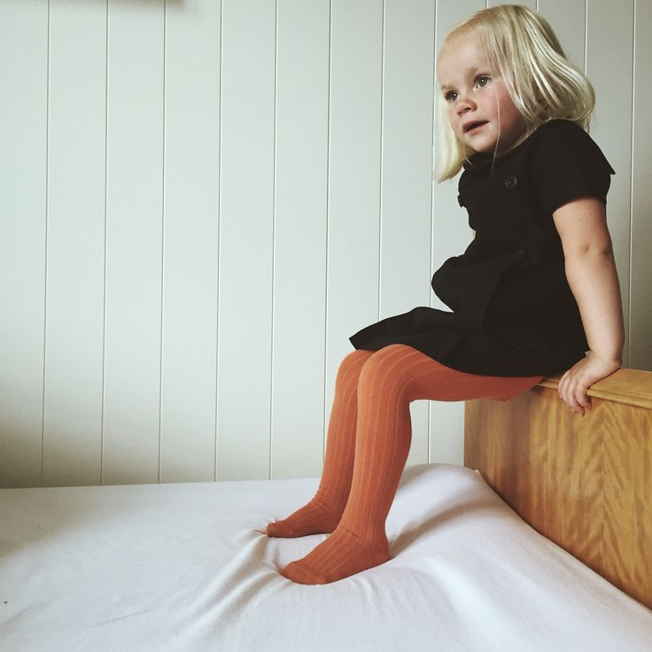 Ministrikk looks AW 15. Our Copper orange ribbed tights styled with Jacadi wool dress. A styling by Charlottpettersen.no for Ministrikk.no.