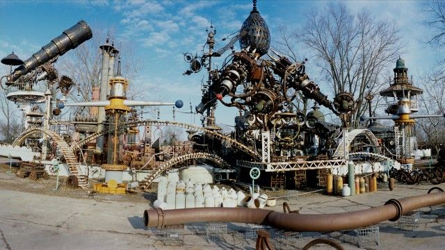 Explore Dr Evermor's fantastical creation The Forevertron – video