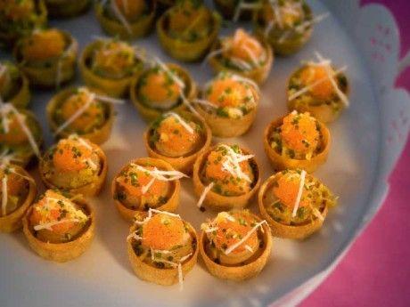 Svampkrustader med pepparrot och löjrom eller vegetarisk variant
