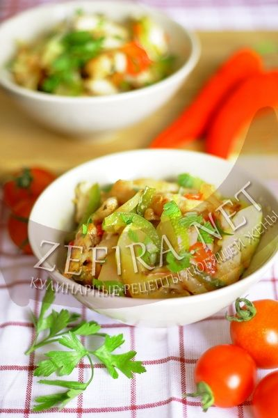 Куриное филе с перцем и цукини - рецепт и фото