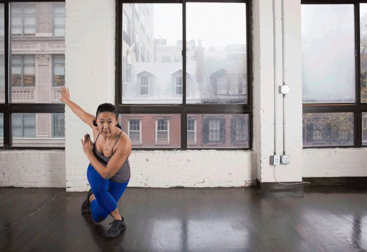 7. Skater to Curtsy Lunge #bodyweight #workout #tabata http://greatist.com/fitness/best-tabata-moves
