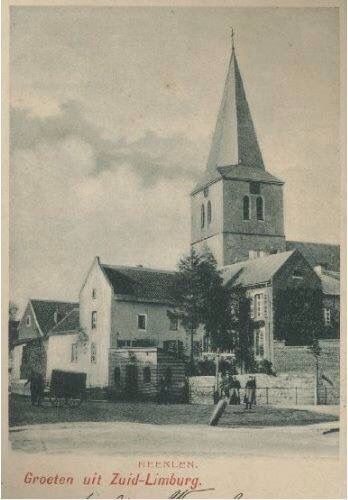 Oude opname van de Pancratiuskerk met de oude stadswallen