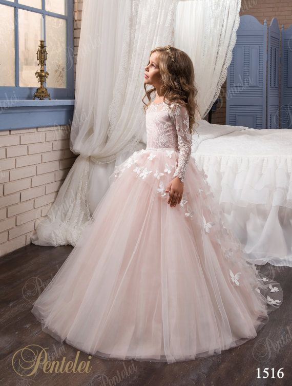 Find More Flower Girl Dresses Information about 2016 lace flower girls dresses long sleeves blush pink toddler pageant dress tulle with flowers vestido longo kids prom dresses,High Quality tulle crinoline,China tulle trim Suppliers, Cheap dress tulle from Suzhou Romantic Wedding Dress Co. Ltd on Aliexpress.com