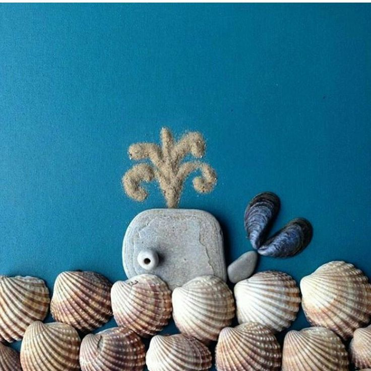 A nice memento of your trip🐋  #trip #clam #ammonite #sea #stoneart #locket #happybirthday #family #goodday #memento #happyfamily #gift #idea #holiday #stone #beach #sunnyday #fantasia