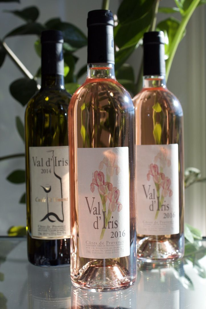 "Provence wines ""Val d'Iris"": fresh and lively rosés with aromas of raspberries and blackberries; supple white wines with aromas of citrus and pineapple."