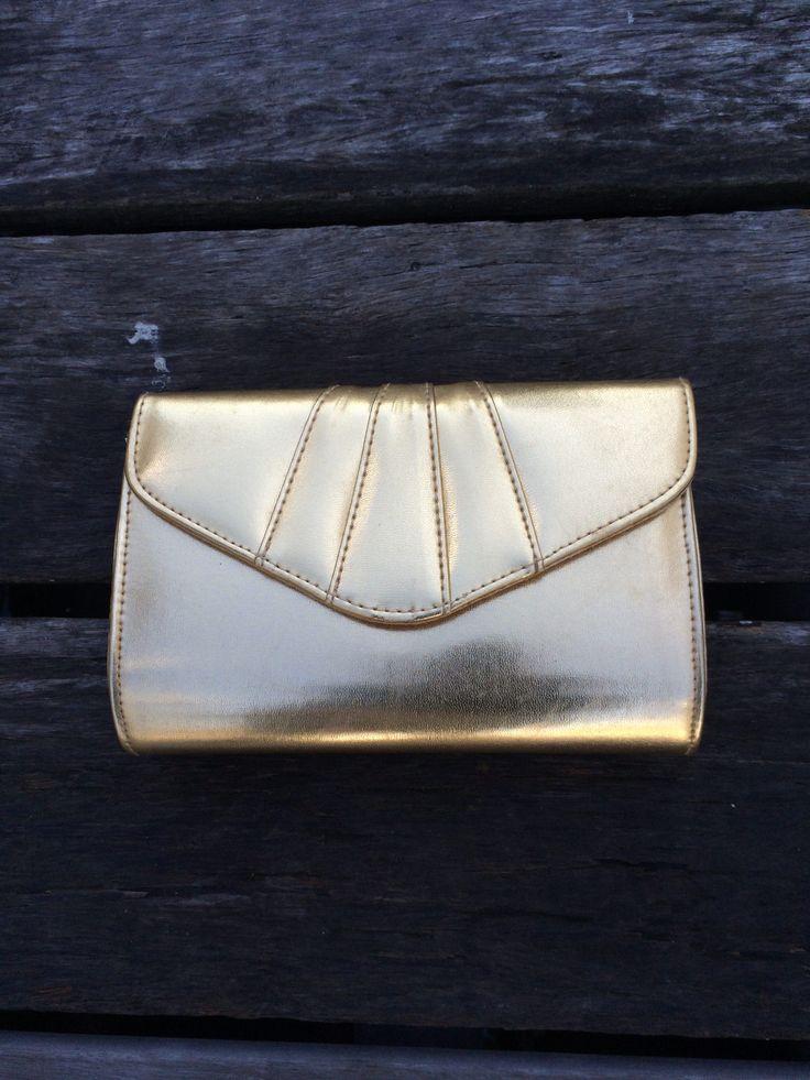 Gold Clutch-Shoulder Bag – lieslg
