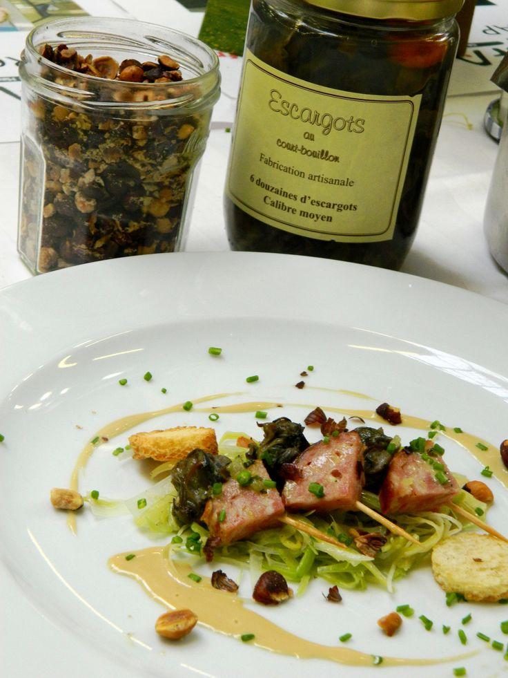 Brochettes aux escargots, à la saucisse de Morteau  et à l'Absinthe. #morteau #saucissedemorteau #absinthe #escargot #franchecomté #gastronomie