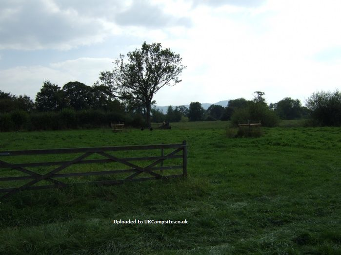 Reviews of Cross Lanes Farm Certificated Site , Oswestry, Shropshire Campsite