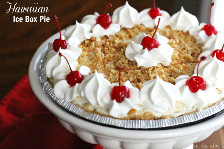 Hawaiian Ice Box Pie - This no-bake Hawaiian ice box pie is packed with the flavors you might associate with a summer vacation to a tropical island paradise.
