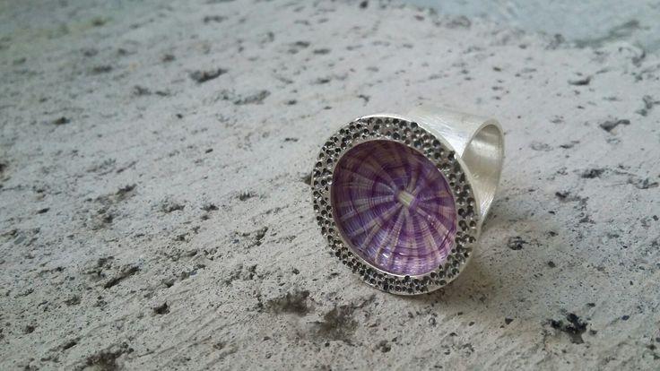 Anillo de plata y crin | Joyas hechas a mano / hand made jewelry | www.facebook.com/DeDiosas