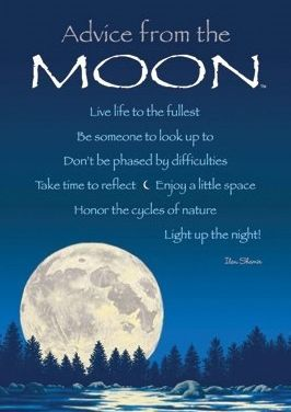 According to the definition of supermoon coined by an astrologer, Richard Nolle, over 30 years ago – and popularized only in the past few years – the year 2014 has a total of five . They are the two new moons of January, and the full moons of July, August and September. January 1, 2014 was the