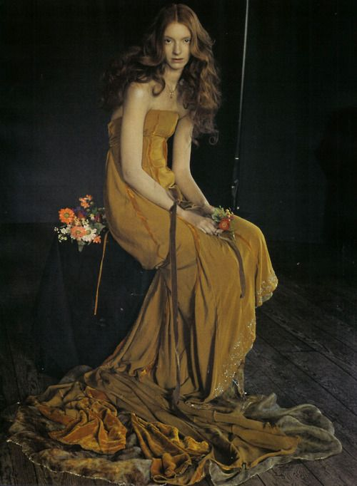 Tim Walker - this shot reminds me of the Pre-Raphaelite paintings that feature Lizzie Siddell.