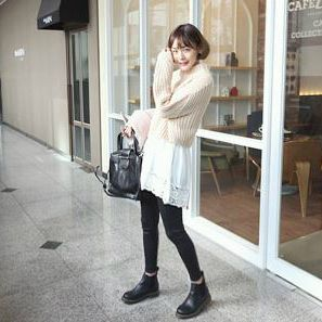 Korea women shopping mall [REALCOCO] Silver square back / Price :69 USD #realcoco #dailylook #officelook #lowprice #leatherbag #cute #Basicitem #bag  http://www.realcoco.com/